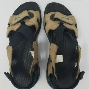 7ce9eccd16715b Nike Shoes - Nike outdoor sandals size 8